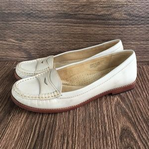 L.L. Bean Leather Loafer Shoes